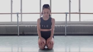 HEY LITTLE FIGHTER - MODERN DANCE VIDEO